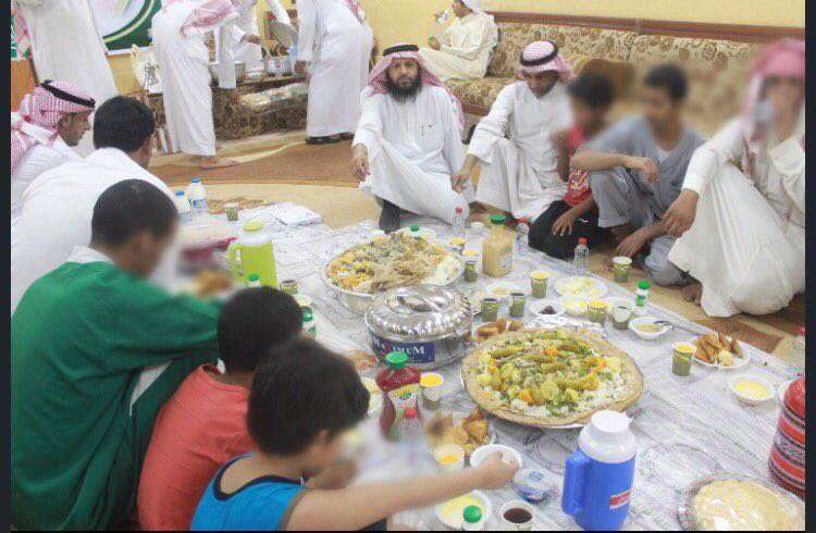 The observation house at Qiriyat has set up a family atmosphere for the juveniles through organizing a group breakfast in the presence of their parents, relatives and employees